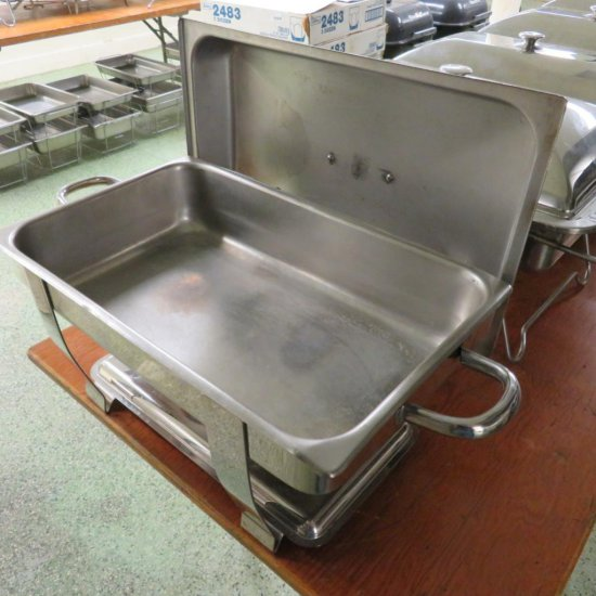 Stainless Steel Chafing Dish with lid and lid rest