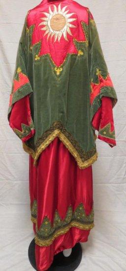 Antique Robe, Renaissance Regalia
