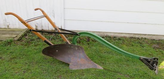376 John Deere Walking Plow, single bottom plow, horse drawn