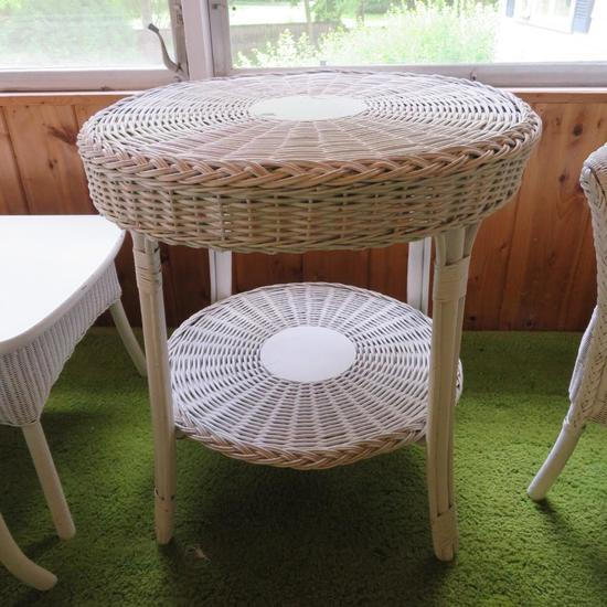 White Round Wicker side table
