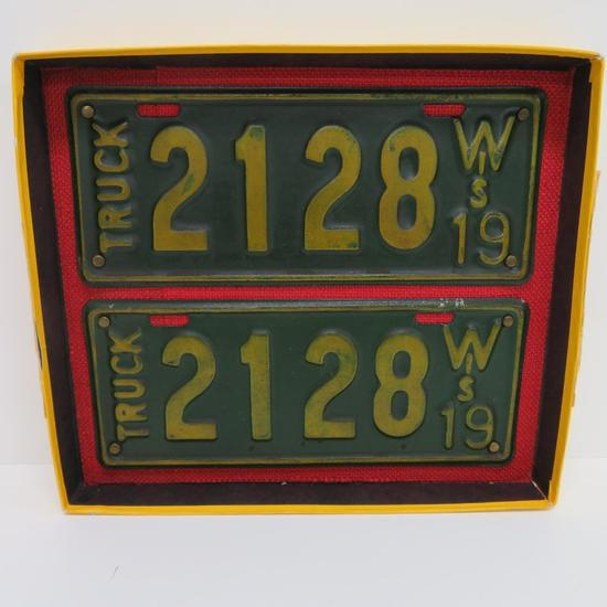 1919 Wis Truck License plates, matched pair, 11""