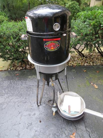 Brinkmann All In One Gas Smoker-Grill-Fryer