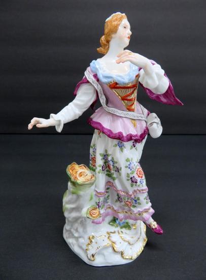"""Meissen figurine, 7"""", woman by stump, c 1950"""