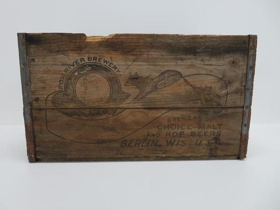 Fox River Brewery wood box, Berlin Wis, nice printing
