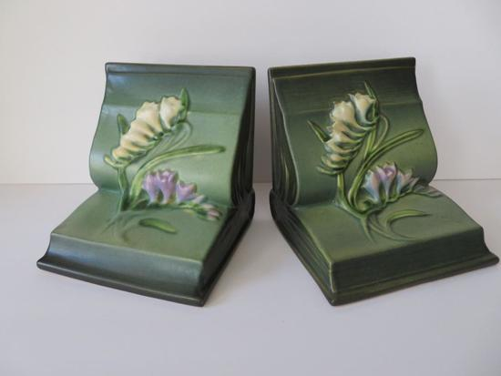 "Freesia Roseville bookends, green, 5"" tall"