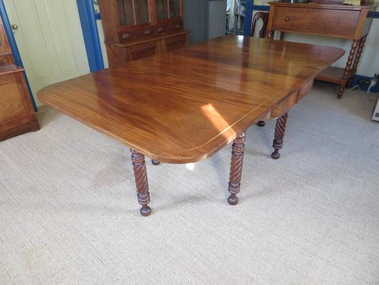 Very Early Period gate leg drop leaf table with inlay