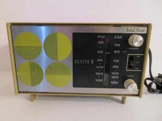 Zenith Radio, Deco Design, green, Model C412F