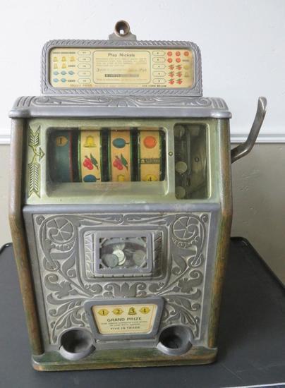 Supreme Slot Machine Nickel