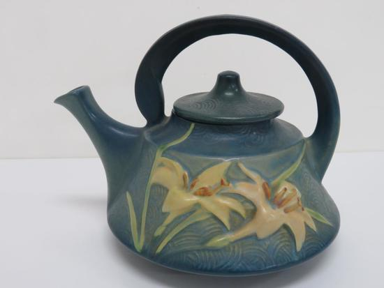 """Blue Zephyr Lily Teapot, 7"""" tall"""