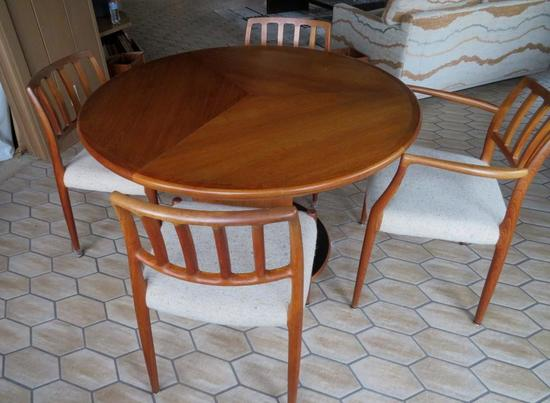 Skovby Butterfly Table and four JL Moller chairs, Danish Modern