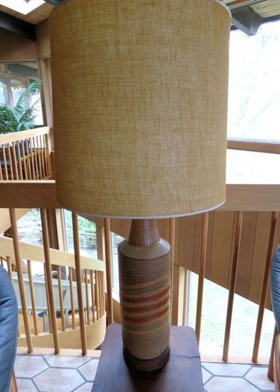 "Mid Century Modern table lamp, 37"", working"