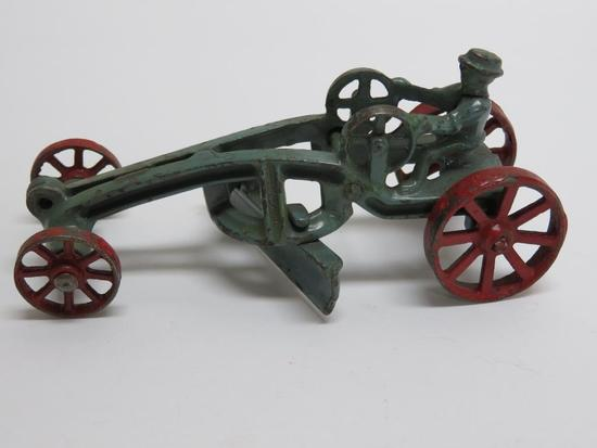 "Cast Iron road grader, 5"", attributed to Arcade"