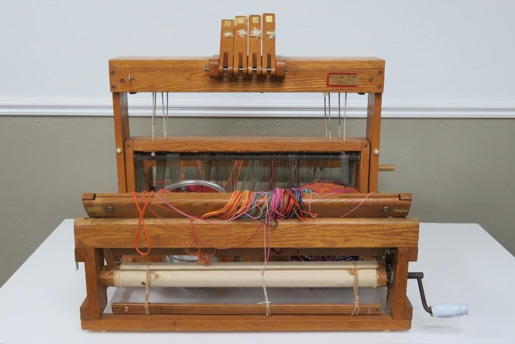 Online Weaving and Spinning Auction