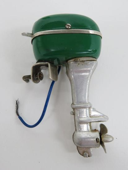 "Nice 3 1/2"" battery operated toy outboard boat motor"