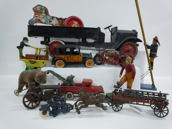Early Toys and Banks, Advertising, Sports, More!
