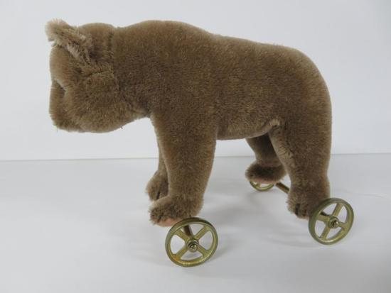 Steiff Bear on wheels, mohair, 6""