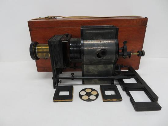 Bausch & Lomb Carbon Arc Projector in mahogany box, Model C Balopticon