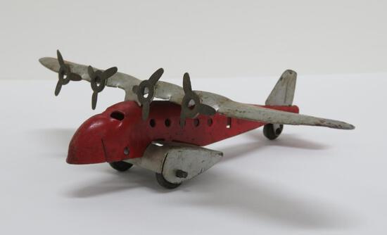 "Metal airplane toy, 7"""