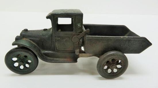 "Arcade cast iron dump truck, 7"", marked 219 R"
