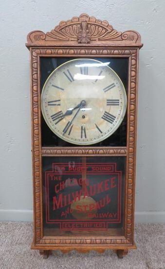 Railroad regulator clock, Chicago, Milwaukee, and St Paul, To Puget Sound, oak