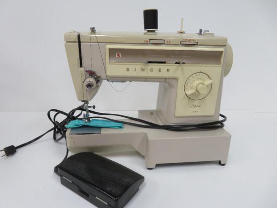 Singer Stylist 533 portable sewing machine