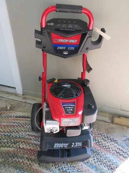 Troy Built 2700 PSI Max power washer, no wand