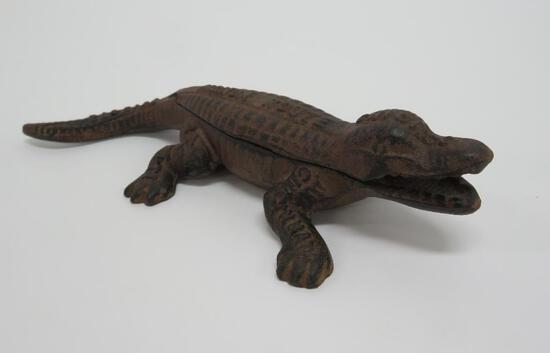 """Monon Route cast iron alligator, match holder with striker, 8 1/2"""""""