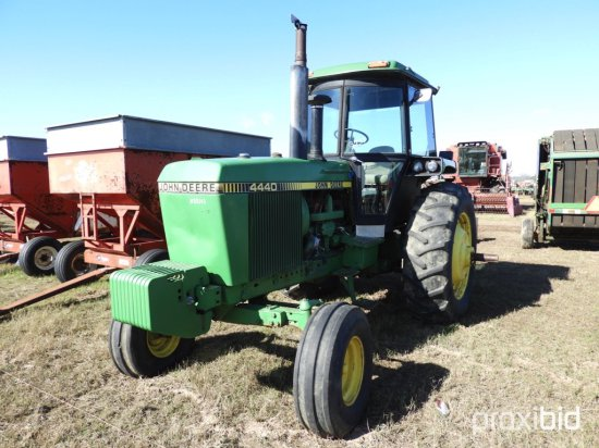 John Deere 4440 Tractor, s/n 4440P059109RW: C/A, 2wd, Factory Duals, 18.4-3
