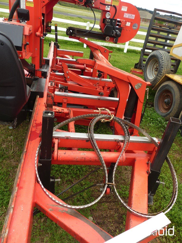 Lot: WoodMizer LT40 Hydraulic Portable Sawmill, s/n