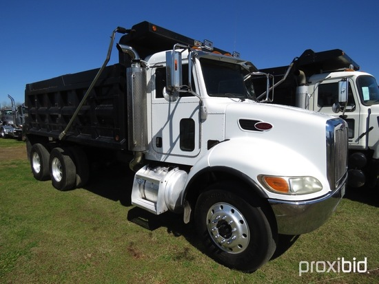 2007 Peterbilt 335 Tandem-axle Dump Truck, s/n 2NPLLD0XX7M680679: Cat Diese