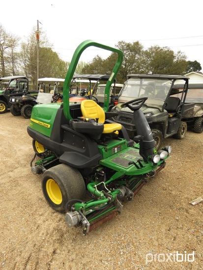 "John Deere 8000 E-Cut Hybrod Golf Course Mower, s/n TV80EHX020033: 80"" Cut"