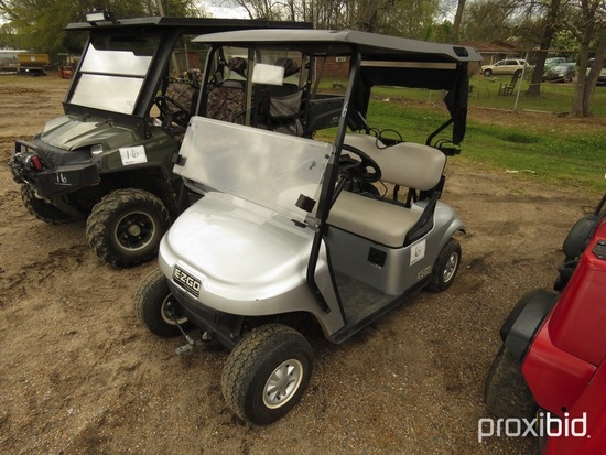 2017 EZGo Golf Cart, s/n 3258574 (No Title): Windshield, Roof, Charger