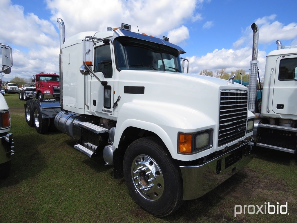 2014 Mack CHU613 Truck Tractor, s/n 1M1AN07Y3EM016887: MP8 445hp Eng., Full