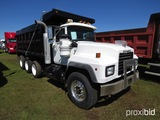 2001 Mack RD690S Tri-axle Dump Truck, s/n 1M2P264C61M033672: EM7-300 Eng.,