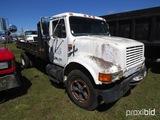 1990 International 4600 Flatbed Dump Truck, s/n 1HTSAZPM2LH684173: 5/2-sp.