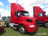 2012 Volvo D11 Truck Tractor, s/n 4V4M19DF4CN550623: S/A, 365hp, Eaton Full