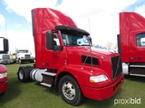 2012 Volvo D11 Truck Tractor, s/n 4V4M19DFXCN550660: S/A, 365hp, Eaton Full