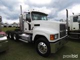 2007 Mack CHN613 Truck Tractor, s/n 1M2AJ06Y97N011635: Day Cab, 13-sp., 3rd