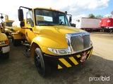 2009 International 4300 Fuel Truck, s/n 1HTJTSKN89H129752: w/ 3000-gal. Alu