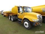 2002 International 4400 Truck Tractor, s/n 1HSMKAAN12H541890: T/A, 1 Single
