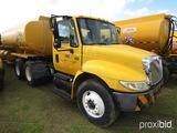 2002 International 4400 Truck Tractor, s/n 1HSMKAAN32H541888 (Not Actual Mi