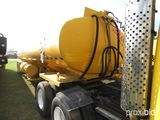 Isometrics 8000-gallon Fuel Tank, s/n 572FS006 (No Title - Bill of Sale Onl