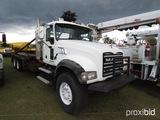 2007 Mack CTP713 Rig Up Truck, s/n 1M2AT04C47M001764: T/A, 370hp Eng., T310