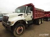 2004 Freightliner 7400 Tandem-axle Dump Truck, s/n 1HTWHADR64J084605 (Salva