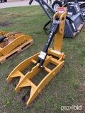 New MT2650 Heavy-duty Universal Thumb: Fits Excavators up to 50000 lbs
