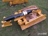 New HT2650 Hydraulic Universal Thumb: Fits Excavators up to 50000 lbs
