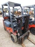 Toyota 7FGCU20 Forklift, s/n 00723: Propane, Side Shift, 4655 lb. Cap