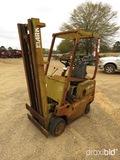 Clark C500-20 Forklift, s/n 2352635150 (Salvage): No Forks