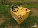Metal Fuel Tank w/ Manual Pump: 30