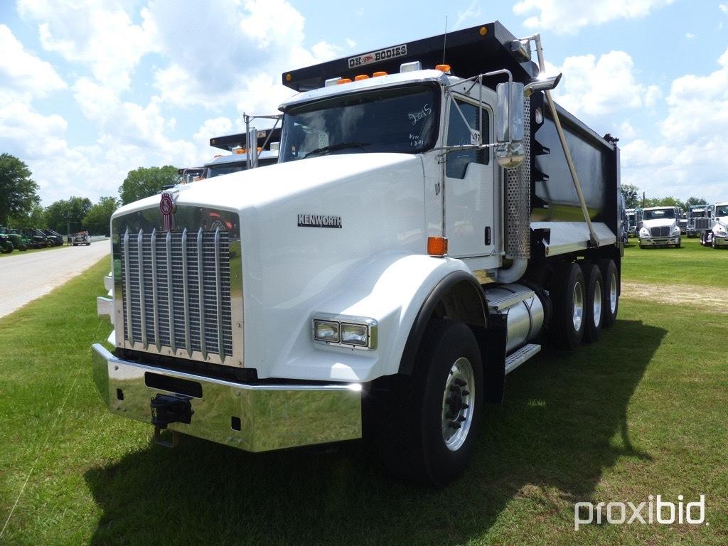 2015 Kenworth T800 Tri-axle Dump Truck, s/n 1NKDL40XXFR471301: Cummins ISX1
